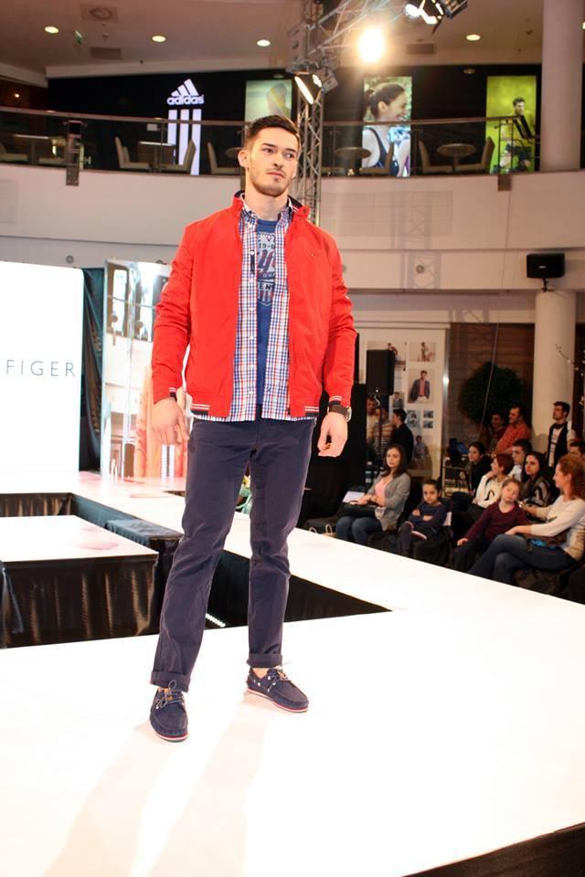 tommy-hilfiger-fashion-show-5